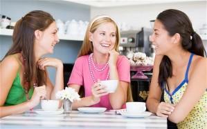 3 women tea